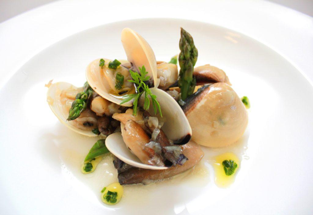 almeja vietnam cocinada cooked pacific clam