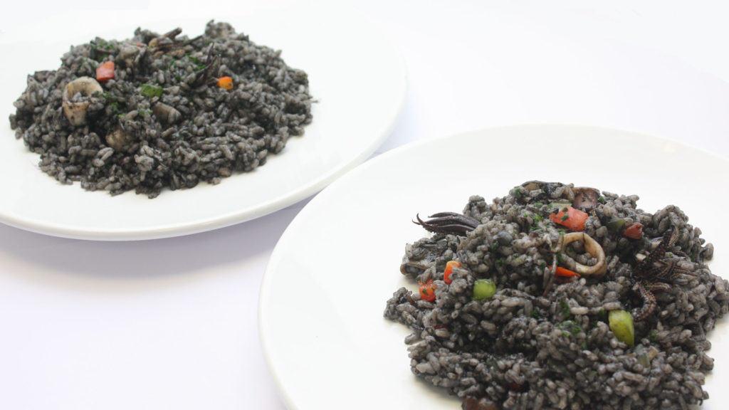 preparado para arroz negro cocinado cooked black rice seafood mix
