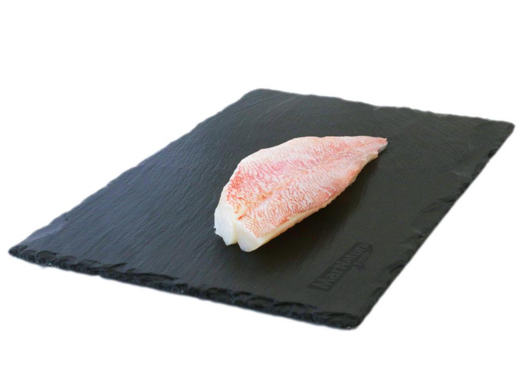 filete gallineta cabra crudo redfish fillet